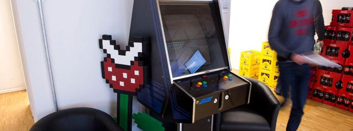 Man transforms apartment into an Arcade, but loses fiancee