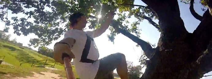 Watch: Guy combines selfies with parkour
