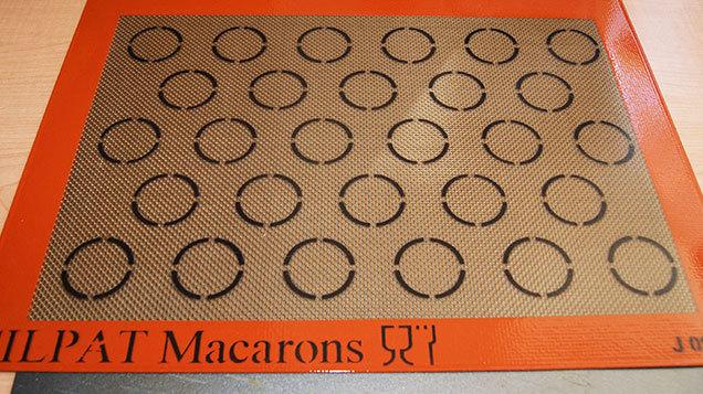 macaron baking sheet template - wedding macaroons tv3 xpos