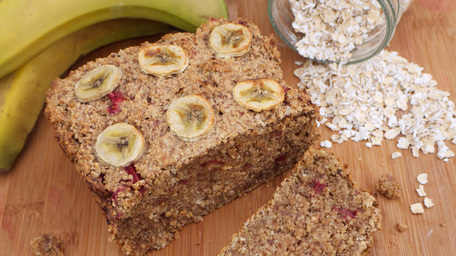 Strawberry and Banana Porridge Bread