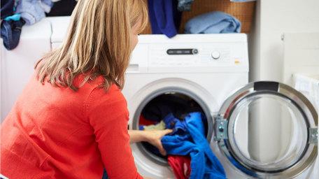 Laundry Tips with Aggie Mackenzie
