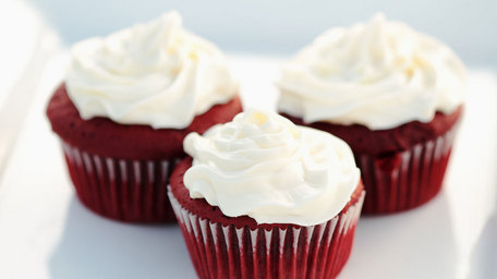 Red Velvet Cupcakes with Cream Cheese Topping