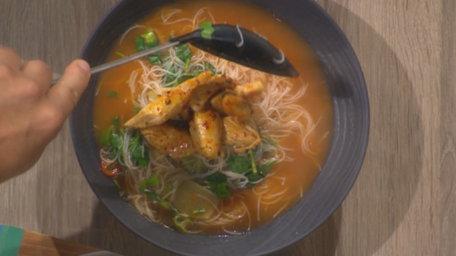 Korean Spice Marinated Chicken & Rice Vermicelli Noodles