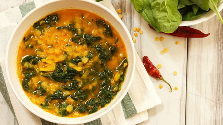 Chickpea Curry with Chicken and Baby Spinach