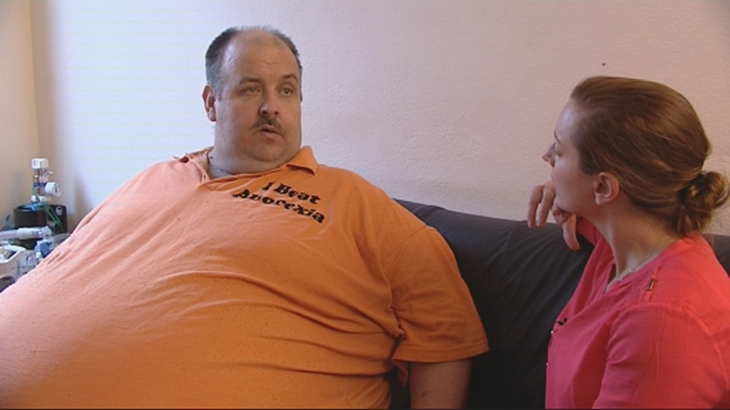 Ireland AM interviews a 44-stone housebound man in denial about his weight.