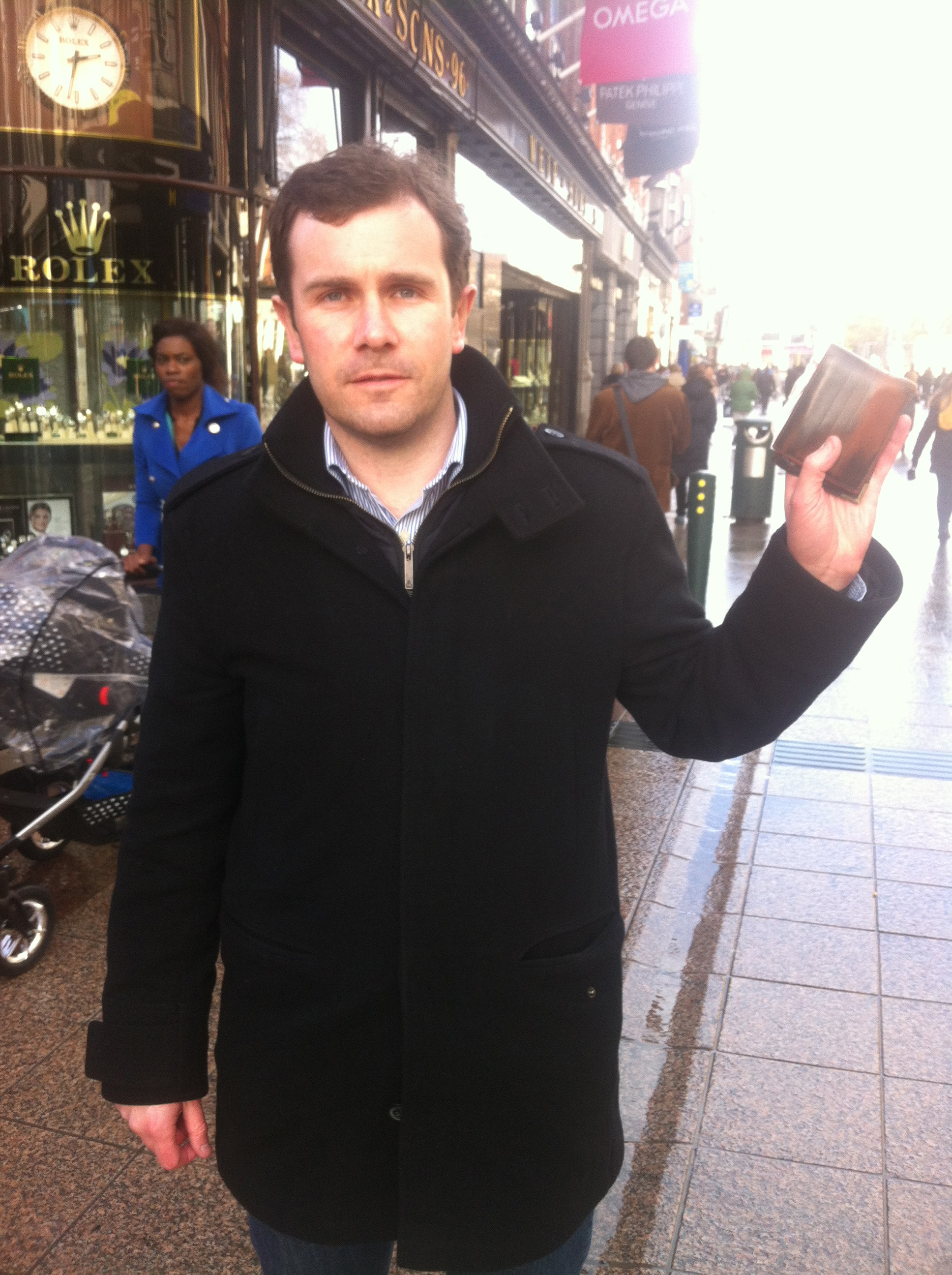 Dishonest Dublin? - Midweek investigates with special 'wallet drop' experiment.