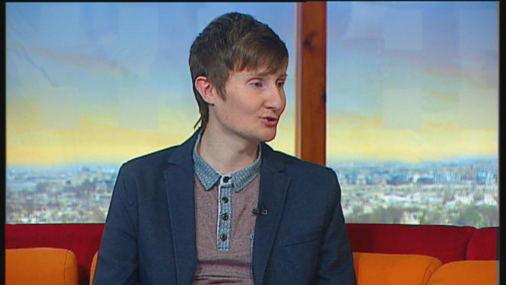'Every meal's a battle, every meal's a victory' says male Anorexia sufferer on Ireland AM.
